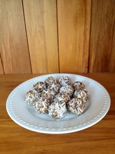 Banana chia bliss balls
